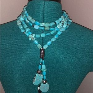 Short adjustable turquoise and silver necklace